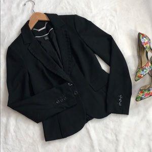 Like new WHBM black blazer jacket❤️